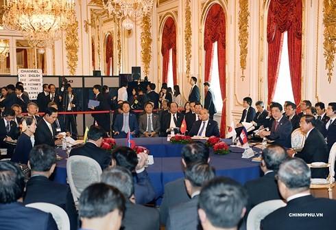 Премьер Вьетнама Нгуен Суан Фук принял участие в 10-м саммите Меконг-Япония - ảnh 1