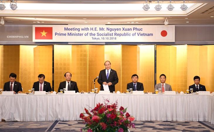 Нгуен Суан Фук принял участие в беседе с представителями деловых кругов Японии - ảnh 1