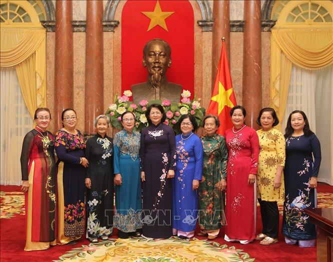 Вице-президент СРВ приняла женщин-депутатов парламента от города Кантхо - ảnh 1