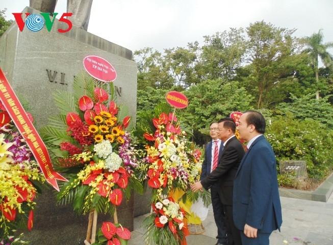 В Ханое отмечается 101-я  годовщина Октябрьской революции 1917 года - ảnh 5