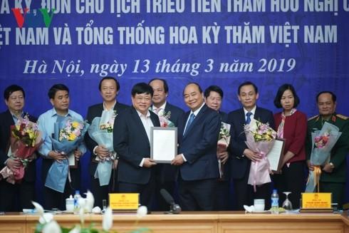 В Ханое прошла конференция по подведению итогов проведения саммита США-КНДР - ảnh 2