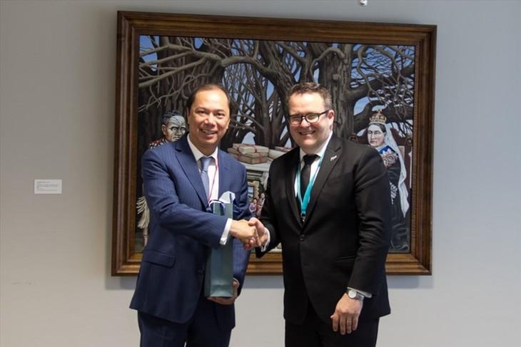 Вьетнам и Новая Зеландия намерены поднять отношения на уровень стратегического партнёрства - ảnh 1