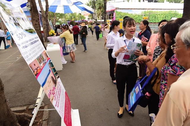 Фестиваль туризма города Хошимина привлёк большое количество посетителей - ảnh 1
