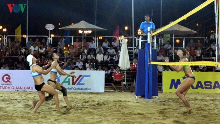 Открылся чемпионат Азии по пляжному волейболу среди женских команд 2019 - ảnh 1