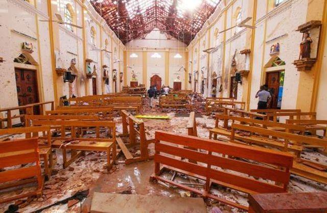 Взрывы на Шри-Ланке во время празднования католической Пасхи - ảnh 1