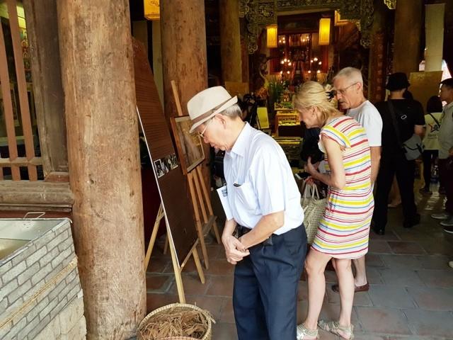 Комитет по управлением старым кварталом Ханоя проводит ряд мероприятий в честь больших праздников - ảnh 1