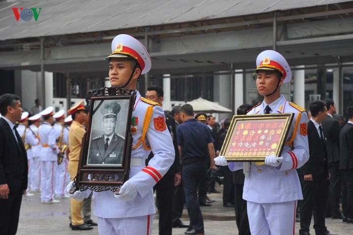 Мировые лидеры выразили соболезнования в связи с кончиной экс-президента СРВ Ле Дык Аня - ảnh 1