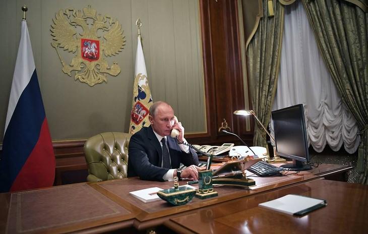 Президенты России и США обсудили по телефону ряд актуальных вопросов - ảnh 1