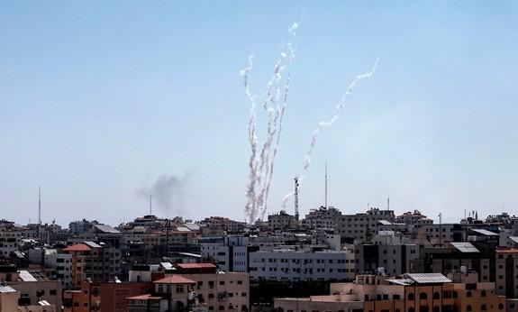 Возобновились столкновения между Израилем и Палестиной - ảnh 1