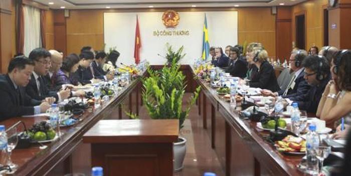 Вьетнам и Швеция расширяют торговые связи - ảnh 1