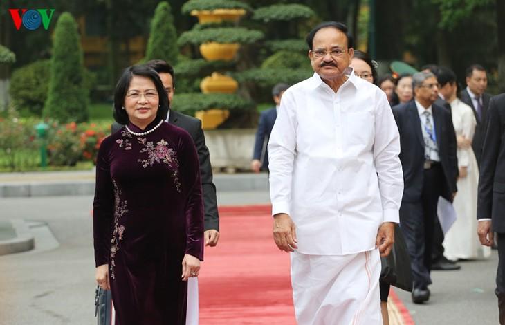 Вице-президент Вьетнама провела переговоры с индийским коллегой - ảnh 1