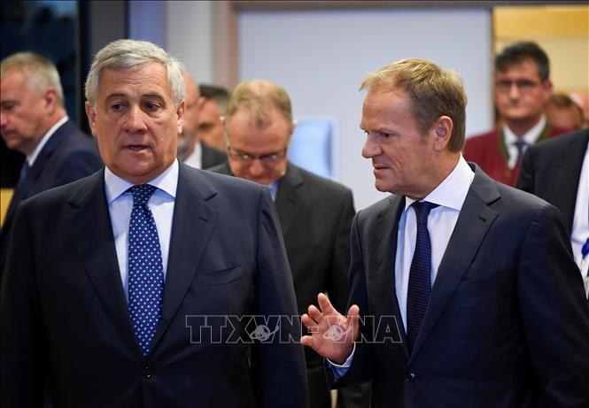 Лидеры ЕС попытались согласовать кандидатов на ключевые посты сообщества - ảnh 1