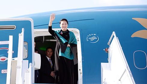 Председатель Нацсобрания Вьетнама отправилась в Китай с официальным визитом - ảnh 1