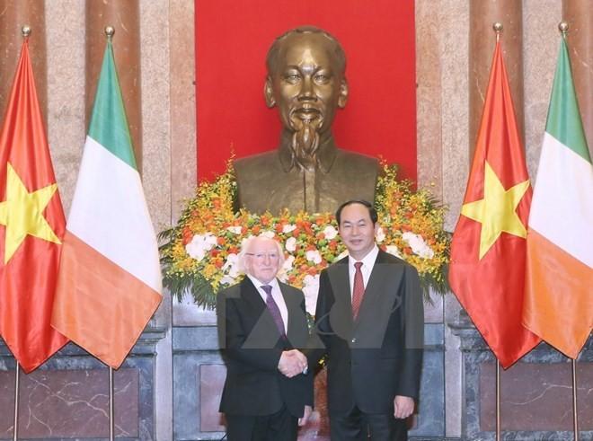Vietnam et Irlande souhaitent promouvoir les relations de coopération multiforme  - ảnh 1