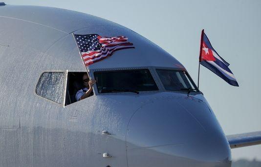 Les premiers vols commerciaux entre les Etats-Unis et La Havane ont décollé - ảnh 1