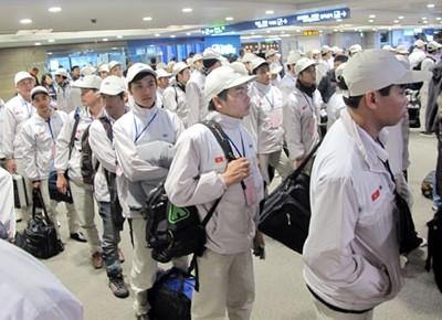 Le Vietnam veut envoyer 105 mille travailleurs à l'étranger en 2017 - ảnh 1