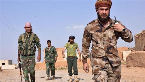 Syrie: des forces antijihadistes s'emparent du quart de Raqa - ảnh 1