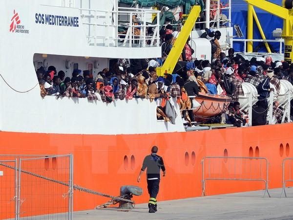 Bientôt une flotte italienne contre le trafic de migrants en Libye - ảnh 1