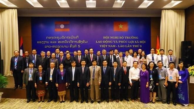 55 ans de relation Vietnam-Laos: en avant la coopération en termes de travail et de société - ảnh 1