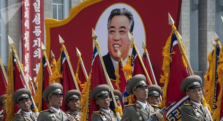 Manœuvres US-République de Corée: jeux avec le feu au-dessus d'un dépôt nucléaire - ảnh 1
