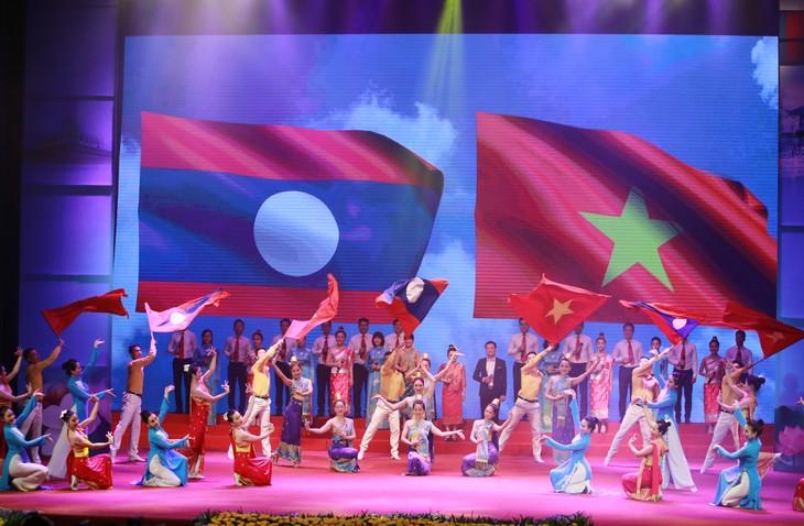 Intensifier la solidarité et l'amitié de longue date Vietnam-Cambodge - ảnh 1