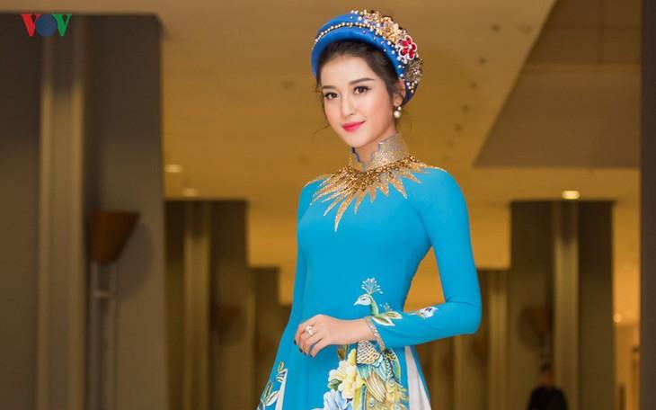 « Miss monde pour la paix 2017 » : Huyen My dans les 10 premières - ảnh 1