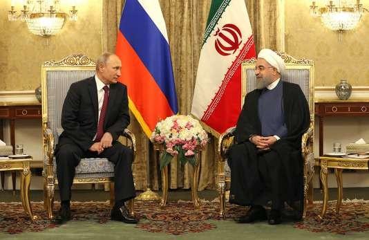 En visite en Iran, Poutine appelle au respect de l'accord nucléaire - ảnh 1
