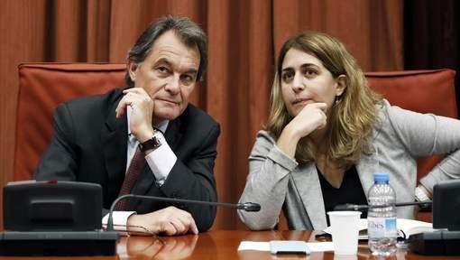Espagne: Les séparatistes veulent négocier avec Madrid - ảnh 1