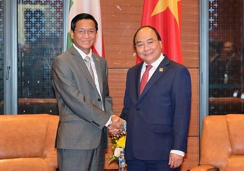 Le Premier ministre vietnamien reçoit le vice-président birman - ảnh 1