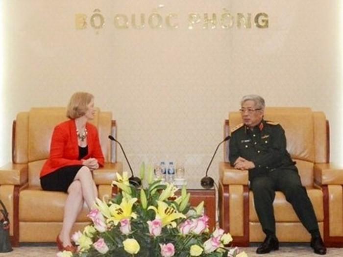 Le Vietnam veut élargir la coopération défensive avec la Nouvelle-Zélande - ảnh 1