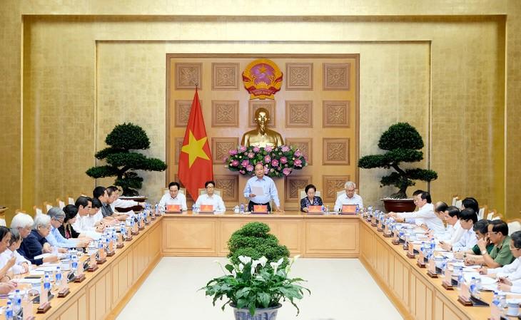 Réunion de la commission nationale de la réforme de l'éducation et de la formation - ảnh 1