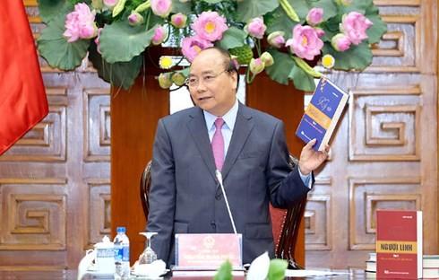 Le Premier ministre Nguyên Xuân Phuc honore la «Mémoire des soldats» - ảnh 1