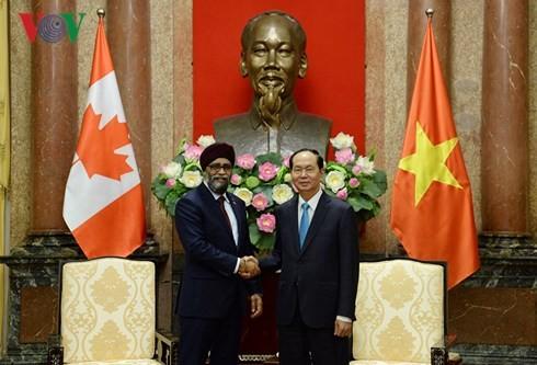 Trân Dai Quang reçoit le ministre canadien de la Défense - ảnh 1