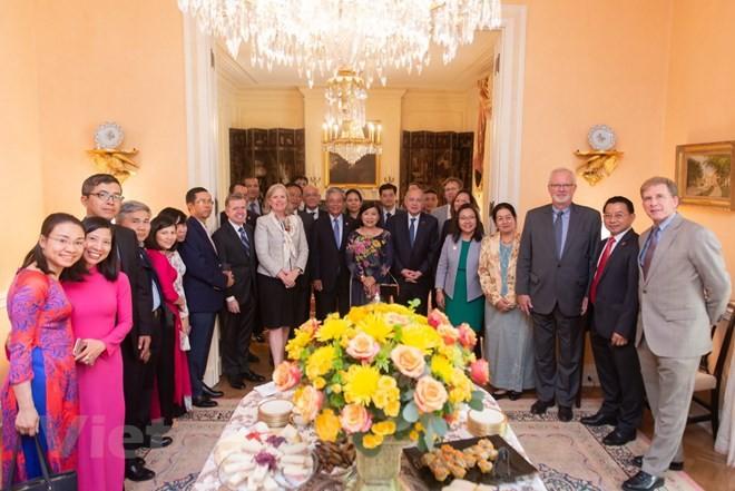 Les Etats-Unis disent au revoir à l'ambassadeur du Vietnam Pham Quang Vinh - ảnh 1