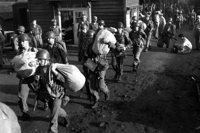 La RPDC restitue les dépouilles de 200 soldats américains morts durant la guerre de Corée - ảnh 1