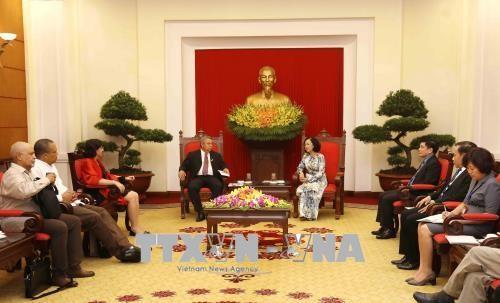 Truong Thi Mai reçoit le secrétaire général de la Centrale des travailleurs cubains - ảnh 1