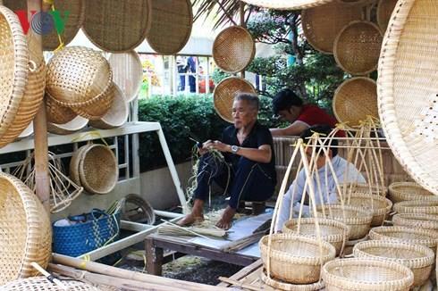 Villages d'artisanat : développement et obstacles - ảnh 3