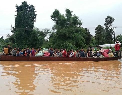 Laos: Des centaines de disparus après l'effondrement d'un barrage - ảnh 1