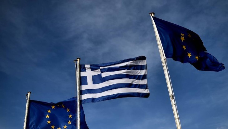 La Grèce reçoit 15 milliards d'euros, dernier décaissement de l'aide de la zone euro - ảnh 1