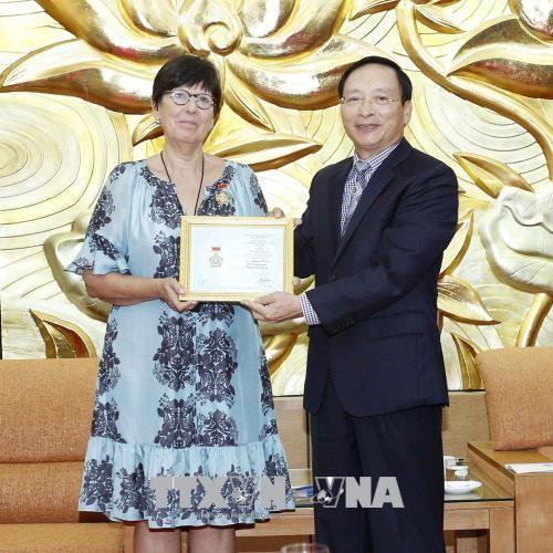 L'ambassadrice de Belgique à l'honneur au Vietnam  - ảnh 1