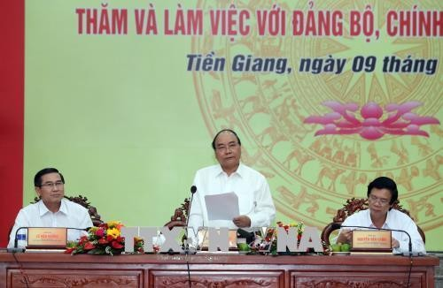 Le PM travaille avec des responsables de Tiên Giang - ảnh 1