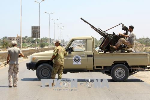 Cessez-le-feu à Tripoli après des affrontements entre le gouvernement et les milices - ảnh 1