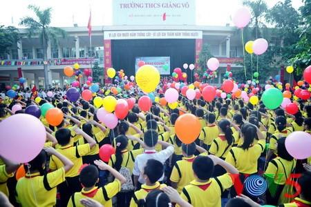 Activités célébrant la nouvelle année scolaire  - ảnh 1
