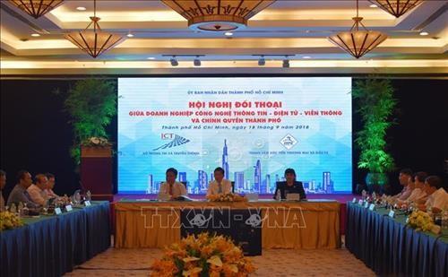 Dialogue entre les autorités de Hô Chi Minh-ville et les entreprises - ảnh 1