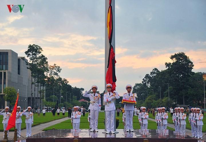 Les obsèques de Trân Dai Quang couvertes par la presse étrangère  - ảnh 1