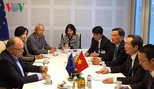Le Vietnam contribue activement au partenariat parlementaire Asie-Europe - ảnh 1
