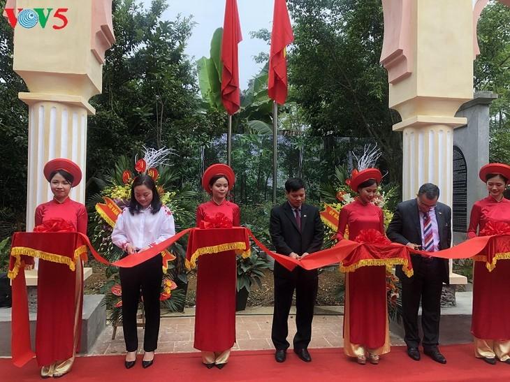 Inauguration du portique du Maroc en banlieue de Hanoï - ảnh 1