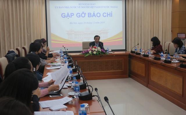 Conférence de presse du comité des Vietnamiens de l'étranger - ảnh 1