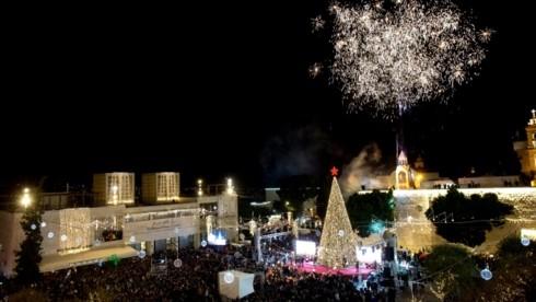 Nuit de Noël pour les chrétiens à Bethléem, Jérusalem et au Vatican - ảnh 1