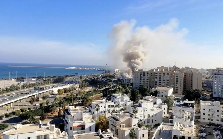 Libye: Daech revendique l'attentat contre un ministère à Tripoli - ảnh 1